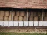 10 000 бали слама и обор изгоряха в Тополовградско