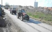 Belarus 820 vs New Holland 100